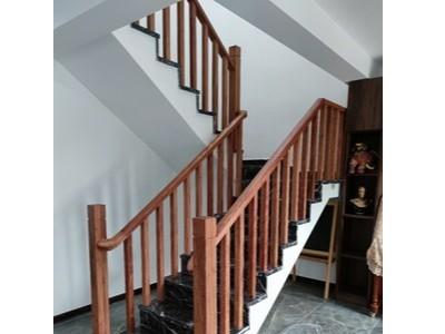 楼梯扶手和踏板用什么木蜡油,德国pnz进口木蜡油哪一款比较适合?