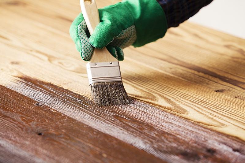 进口木蜡油和普通木蜡油漆都有这些不同,pnz木蜡油教你来分辨。